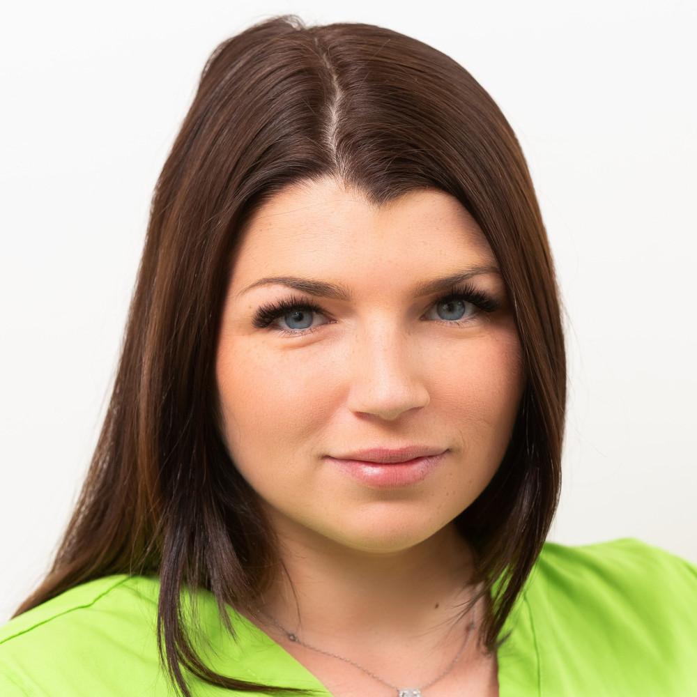 Elisabeth Azov